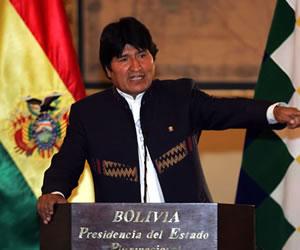Evo Morales dice que por encima de los candidatos está el proceso de cambio