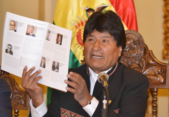 Morales presenta texto que reúne expresiones de respaldo a la demanda marítima