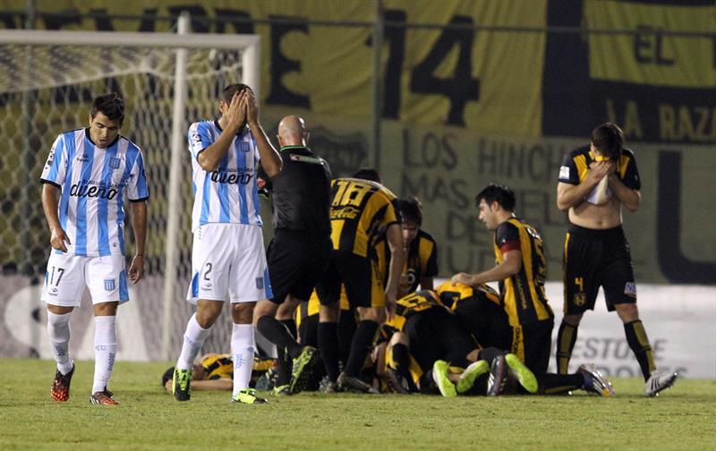 Racing perdió frente a Guaraní y aplazó sus chances de clasificar a octavos