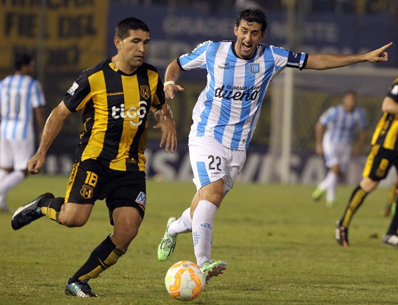 Racing cayó ante Guaraní y postergó sus aspiraciones de clasificación a los octavos de la Libertadores. Foto: EFE