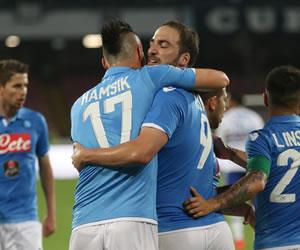 El Dnipro reta al Nápoles y Fiorentina al campeón Sevilla