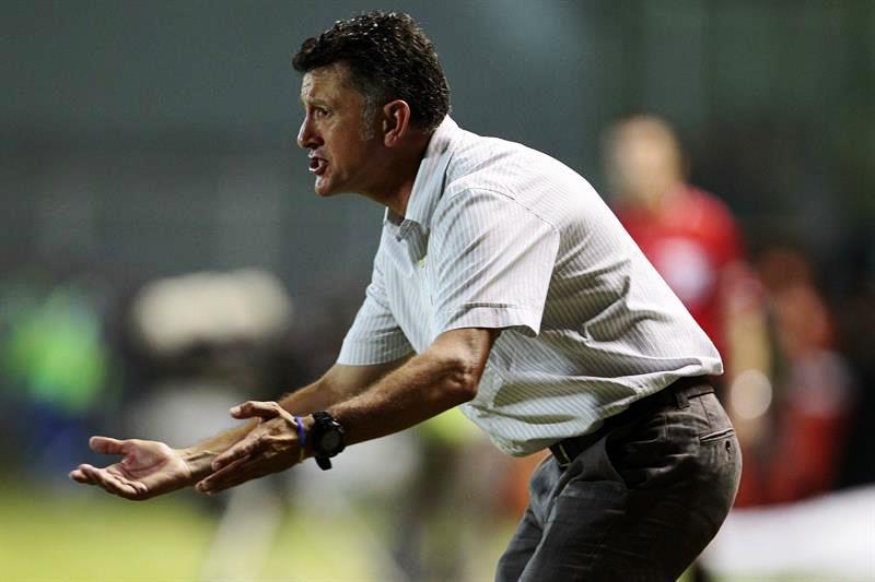 Nacional ahora deberá remontar en Medellín el 2-0 en contra. Foto: EFE