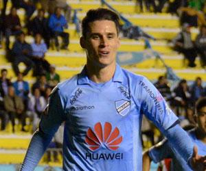 Bolívar anuncia renovación de contrato con el español Juan Miguel Callejón
