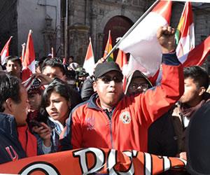 Potosí: ratifican diálogo sólo con Morales pero sigue el paro