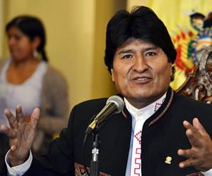 Escolares en Oruro inician homenajes a los 190 años de Bolivia