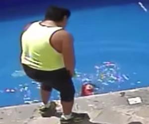 Hombre ahoga a su hijastra de tres años en piscina de México