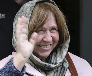 Nobel de Literatura: Svetlana Alexiévich, un honor para el reportaje periodístico