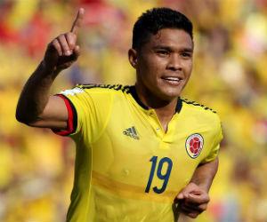 Colombia venció a Perú con goles de Teófilo Gutiérrez y Edwin Cardona