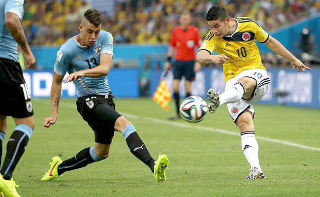 El último enfrentamiento frente a Uruguay fue en el Mundial de Brasil, con victoria para la 'tricolor'. Foto: EFE