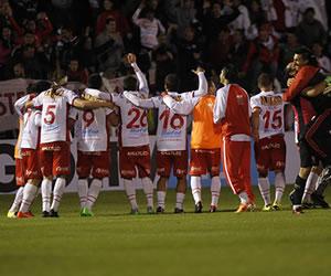 Huracán clasificó a semifinales de la Copa Sudamericana