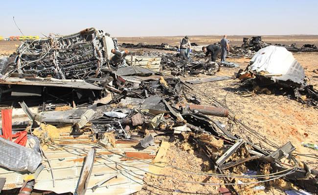 El Airbus ruso siniestrado en Egipto se destruyó en el aire