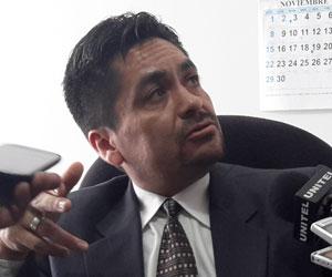 Juez acusado de extorsión enerva al Estado