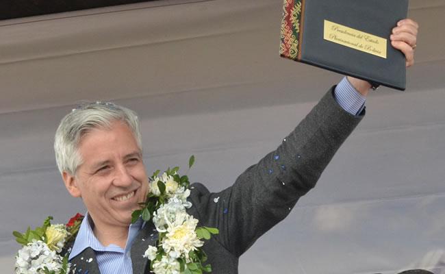 Álvaro García Linera recibe premio 'José María Aricó'. Foto: ABI