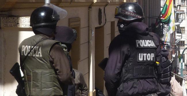 Cerca a 25 mil policías se aprestan a resguardar la seguridad durante la época de las festividades de fin de año. ABI/Archivo