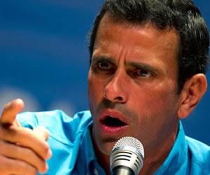 """Capriles dice que oposición no convertirá Parlamento en """"ring de boxeo"""""""