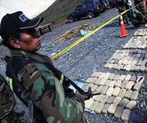 Policía incauta 26 kilos de cocaína y captura a tres personas