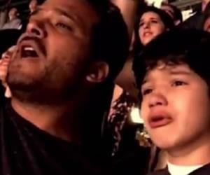 Concierto de Coldplay en México emociona a niño autista