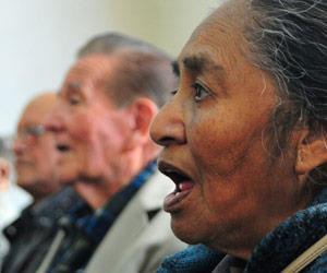 25 personas integran el coro de la Universidad del Adulto Mayor