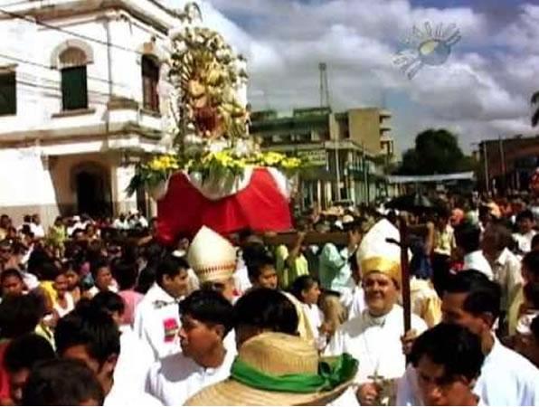 Reordenan plaza de la Tradición por fiesta de Trinidad