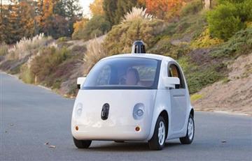 Google patenta adhesivo para que peatones atropellados se adhieran al coche