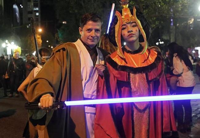 Bolivianos celebran el
