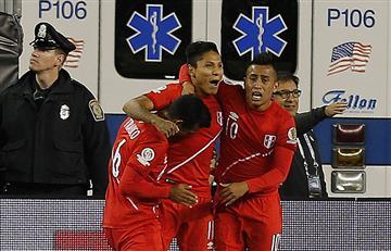 Perú venció y eliminó a Brasil con una mano