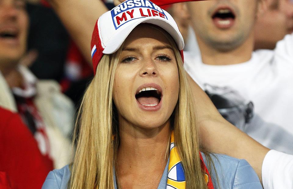 Eurocopa 2016: Rusia perdió en la cancha pero ganó en la tribuna