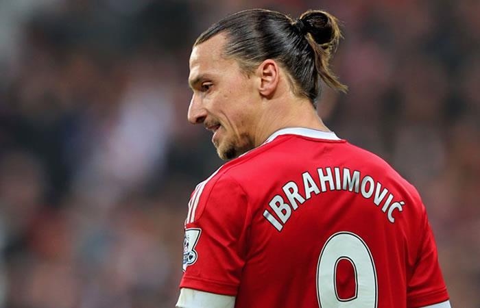 Zlatan Ibrahimovic confirmó que va a jugar en Manchester United