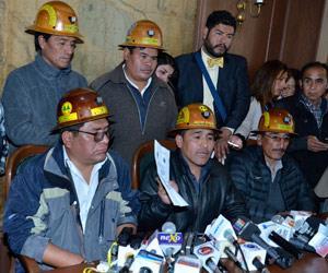 Cooperativistas piden que Evo Morales encabece diálogo