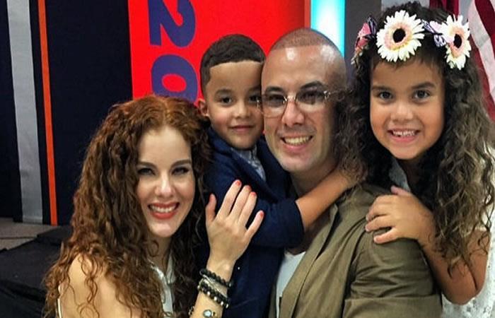 Wisin revela que su hija nació con una enfermedad degenerativa