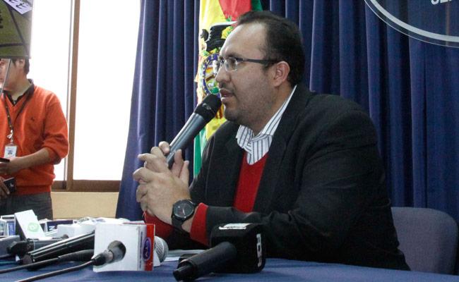Milton Claros, ministro de Obras Públicas. ABI/Archivo