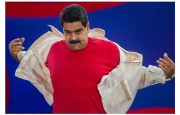 Maduro y su ridículo papel jugando al billar