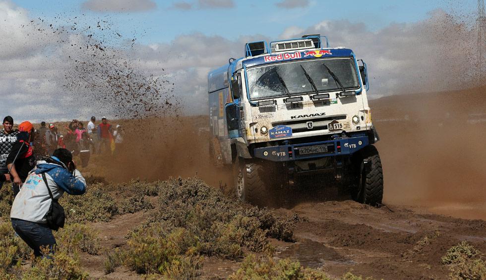Por segunda vez suspenden etapa del Dakar por inclemencias climáticas