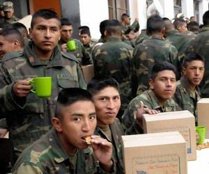 Bajan a 17 años la edad mínima para el servicio militar obligatorio