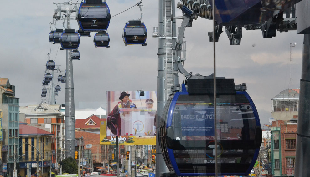 Línea Azul del Teleférico inicia operaciones comerciales