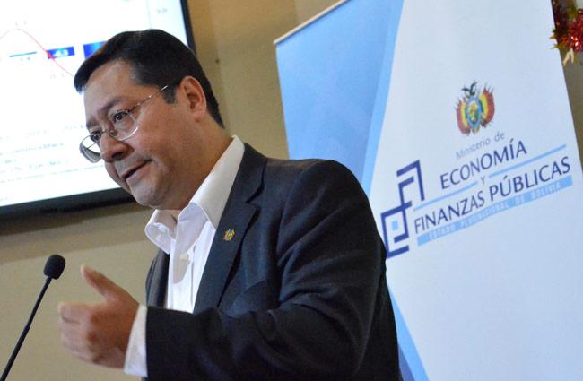 Arce afirma que deuda externa boliviana llega a 22% respecto al PIB
