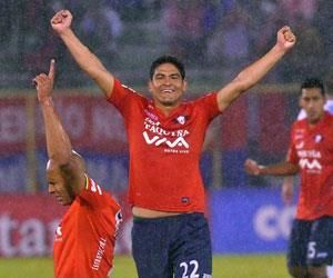 Wilstermann lidera el grupo 5 tras derrotar al Atlético Tucumán