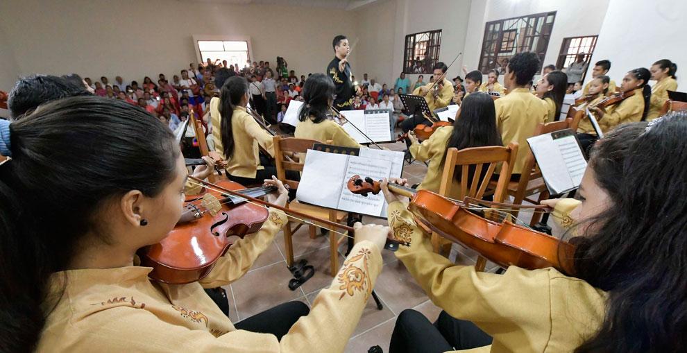 Entregan instalaciones de escuela de música barroca en San José