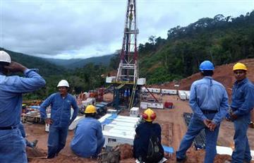 Ministerio de Economía apoya aumento salarial a trabajadores petroleros