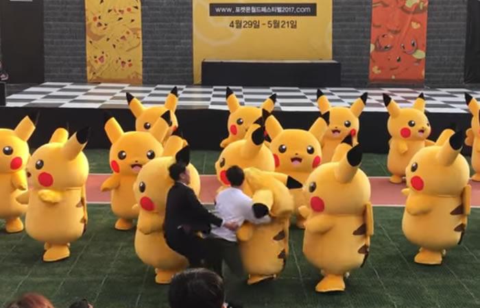 YouTube: El cómico incidente durante baile de 'Pikachu en Corea'
