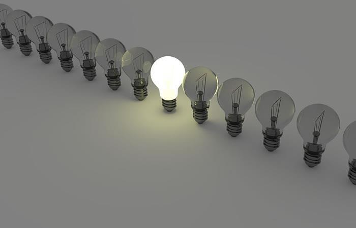 Los españoles tienen la segunda factura de luz más cara de la UE