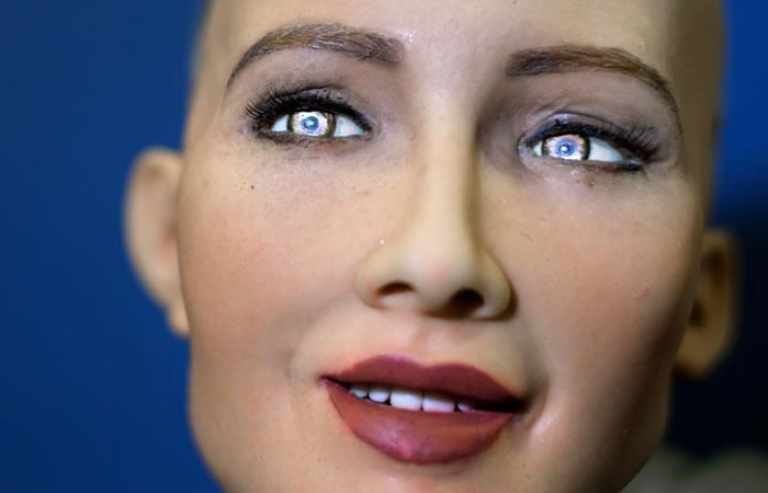Entrevista a Sophia, la robot que parece humana