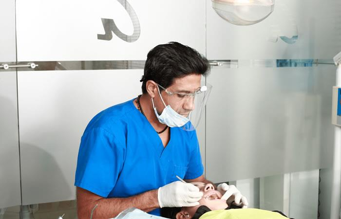 Mitos y realidades sobre los implantes bucales