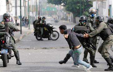 La Paz: Policía advierte que levantará bloqueos que afecten a la población