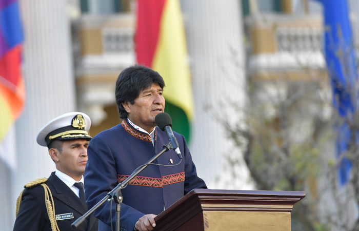 El presidente Evo Morales durante su discurso por los 192 años de la creación de Bandera Nacional. /Freddy Zarco. Foto: ABI