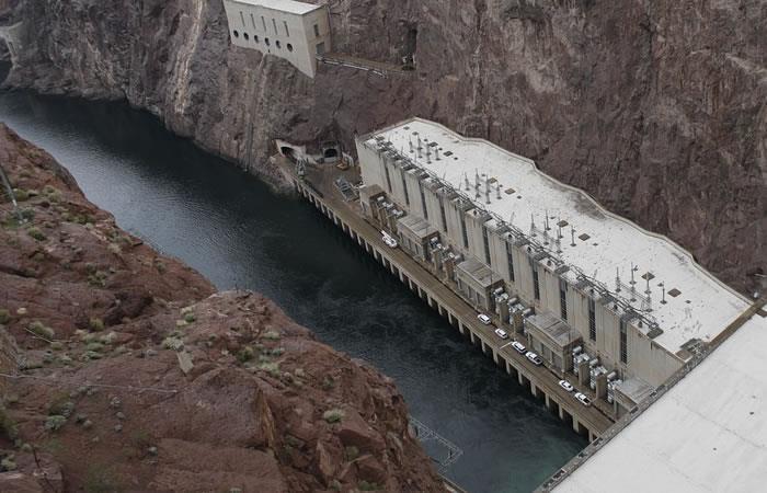 Inicia proyecto hidroeléctrico para Bolivia y Brasil
