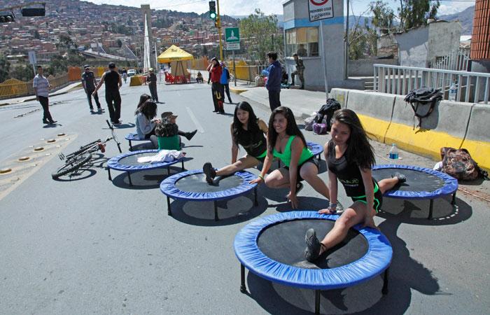 En el día del peatón las calles se convierten en escenarios para la actividad física. Foto. Foto: ABI