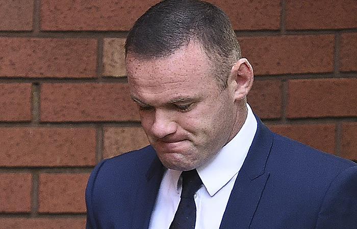 Wayne Rooney: Dura condena por conducir en estado de embriaguez