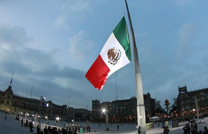 Embajada de Bolivia en México habilita línea de emergencia