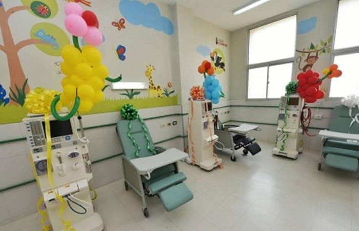Santa Cruz: Gobierno entregó primera unidad de hemodiálisis pediátrica